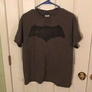 Adult Medium Batman Logo T-shirt